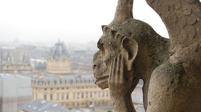 resumen de Nuestra Señora de París