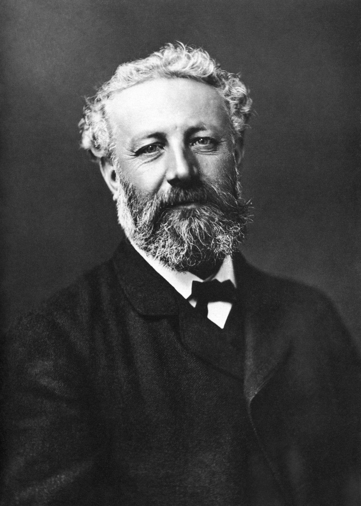 Julio Verne, autor de la obra la vuelta al mundo en 80 dias